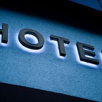 Edle Leuchtwerbung Hotel Alpenhof, Hintetux