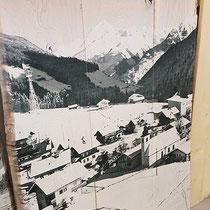 Retro-Holzbilder im XL-Format für das Hotel Alpenhof, Hintertux, Tirol