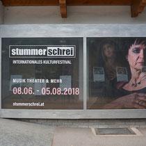 """Schaufensterbeklebung Kultufestival """"Stummer Schrei"""""""