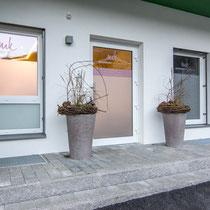 Gesundheit im Zentrum, Michi Kofler: Fensterbeklebungen und Sichtschutz