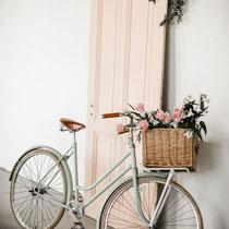 Fahrrad und Tür