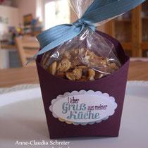 Projekt 2: Die Pommes-frites-Schachtel - hier befüllt mit selbstgemachtem Aprikosen-Granola