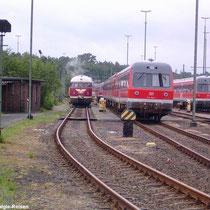 Der VT 08 wird für die Sonderfahrt aufgerüstet, hier auf seinem langjährigen Stammgleis -Gleis 246- in der Abstellgruppe vom BW Braunschweig