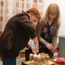 Das traditionelle Schog gi-Mousse von Fränzi und Claus Maler spendiert!