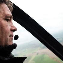 Der Pilot Tobias Köhne im Gyrocopter