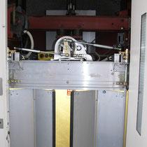 Elektrische Falttüre nach der Modernisierung 2010