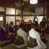 50名近い人数の僧侶が参加くださいました。
