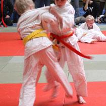 Tom Staats (rechts) beim letzten Angriff zum Sieg (Gew. 25kg!)