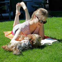 Annika and Amy enjoy the sun
