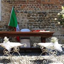 noleggio arredi per cerimonie - antichigiardiniantiques.com