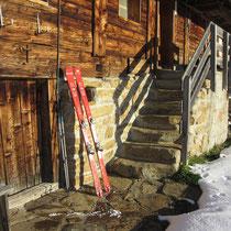 Der kleine Umweg zur sonnigen Alp Rohr lohnt sich, weil es so gemütlich ist.