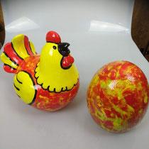 De kip en het ei, porselein, samen € 109