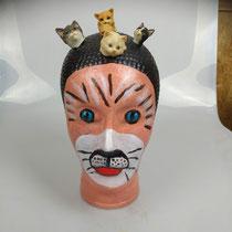Kattenkop, glas, 30 cm hoog, 15 cm breed € 65
