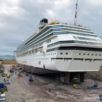 Dry dock Marseille