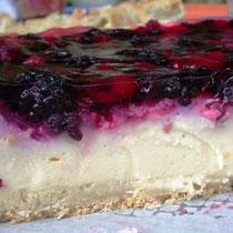 Waldbeeren-Pudding-Torte