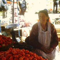 Bolivianische Gemüsehändlerin