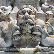 Brunnen vor dem Pantheon