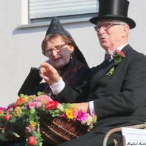 Paar in fränkischer Festtagstracht