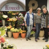 """Teilnehmer der Aktion """"Überlinger Gassen blühen auf"""" Blütenrausch"""