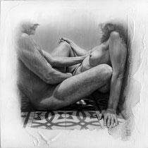 """""""Ruido blanco / White noise"""". Grafito sobre tabla / Graphite on board. 2016.  50 x 50 cm."""