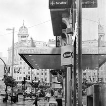 """Buffet Libre en la Gran Vía / One Price Buffet at Gran Vía"" Grafito sobre papel / Graphite on paper. 2012-2013. 100x50 cm. Colección particular."