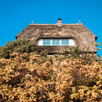So schön waren die Häuser leider nicht überall. Die meisten Häuser sind Neubauten, die sich optisch an die Landschaft anpassen. Sie haben nur nicht das Flair und die Seele.