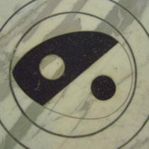 In Mamor- Yin Yang - Florenz