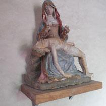 Vierge  de Pitié polychrome (XVIe siècle, cl. MH) - Eglise de Saint-Martin-Terressus