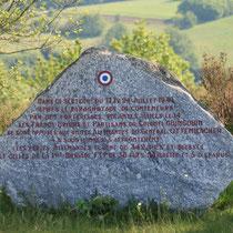 Stèle commémorative de la bataille du Mont Gargan (juillet 1944), où maquisards de Guingouin et troupes allemandes s'affrontèrent - Mont Gargan - Saint-Gilles-les-Forêts