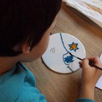 Peinture sur porcelaine réalisée par un élève de CM - Projet Arts - École Nedde - 2015-2016