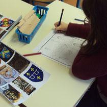 Atelier château : réalisation de blasons d'après modèles trouvés sur le Pays Monts et Barrages