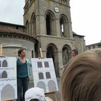 Lecture de façades de maisons grâce à des panneaux évolutifs simples, pour distinguer maisons médiévales et maisons du XVIIIe siècle - Saint-Léonard-de-Noblat