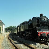 Le train à vapeur touristique du CFTLP en gare de Châteauneuf-Bujaleuf - commune de Neuvic-Entier
