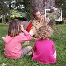 Atelier Parc Jane Limousin à Châteauneuf-la-Forêt : il débute par une présentation des différents types de jardins, illustrée