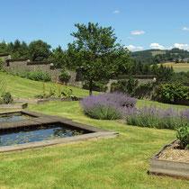 Le potager classique, dans le théâtre de verdure - Jardins de Mas Maury - Le Mas Maury Haut - Rempnat