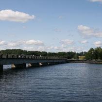 Lac de Vassivière - Pont vers l'Île de Vassivière - Beaumont-du-Lac