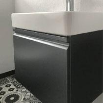 Jetzt die neuen Armaturen mit Waschbecken