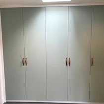 Kasten in zelfde stijl als bestaande IKEA kasten met nieuwe deuren