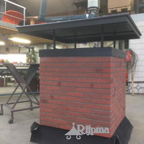 06 schoorsteen aluminium   Composiet steenstrips en platte schoorsteenkap Rijpma siersmederij