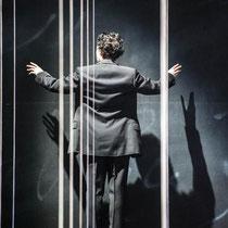 hiob, joseph roth, tiroler landestheater, regie: guntram brattia, foto: @ rupert larl