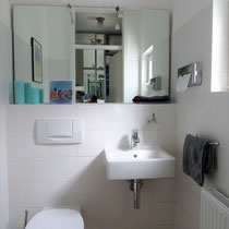 Bathroom of a private apartment mediated by 4yourfairs.