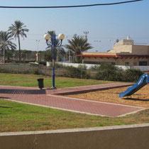 Vue sur parc de jeux côté sud
