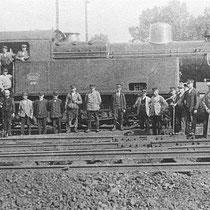 Tijdens de eerste wereldoorlog groeide de productie van steenkool op de Emma en Hendrik enorm. Beide mijnen worden door de mijnspoorweg verbonden met het staatsspoor In Nuth wordt een groot emplacement van meer dan 20 sporen aangelegd