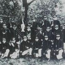 1925  geheel rechts commandat Piet Meijers, hij zou later naar Nuth verhuizen, en ook daar spoedig commandant van schutterij St. Bavo worden