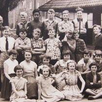 Klassenfoto klas 4-5-6 1954 - 1955