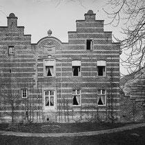 Deze familie had de hoeve een eeuwlang in bezit en liet een nieuw landhuis bouwen. Door vererving in de vrouwelijke lijn, werd Baron van Elmpt van huis Dammerscheid, in Voerendaal de nieuwe eigenaar