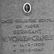 Willem Jozef Vonken14 maart 1909 Nuth (Limb.)10 mei 1940  Bij het kleine plaatsje Illikhoven nabij Roosteren was een smalle brug over het Julianakanaal. Er was een klein detachement brugbewaking en tevens een tweetal kazematten. Ze hadden een zware mitrai