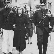 1946  Patronaatsfeest St. Bavo, met de verloofde Jan Meijers (1926-2005) & Mien Miggels uit Hoensbroek