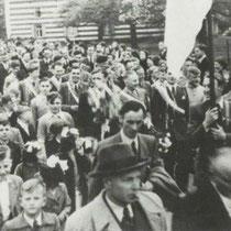 Feestelijke intocht van Minor, na het behalen van het kampioenschap in 1952
