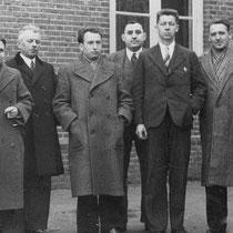 Onderwijzend personeel RK jongensschool St. Bavo jaren '30  (met dank aan Jos Ritzen)